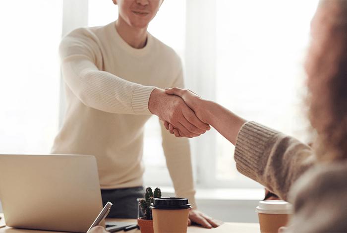 عبارات تحفيزية تسويقية تساعدك على جذب المزيد من العملاء